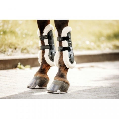 """BACK ON TRACK® """"Airflow"""" Tendon boots Fur lined"""
